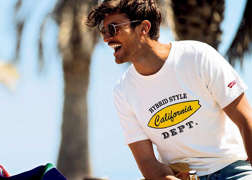 夏の主役は〈カリフォルニアデプト〉で手に入れる!センスのいい大人ならTシャツも色にこだわる!