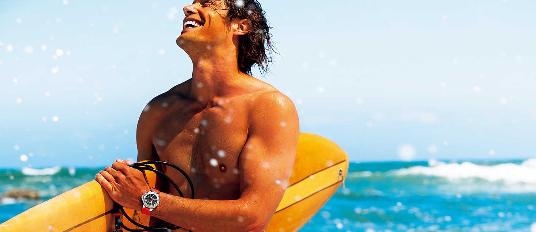 """〈オリス〉の腕時計はかっこいいだけで終わらない!海への愛を表現するなら""""環境に優しい""""ダイバーズ!"""