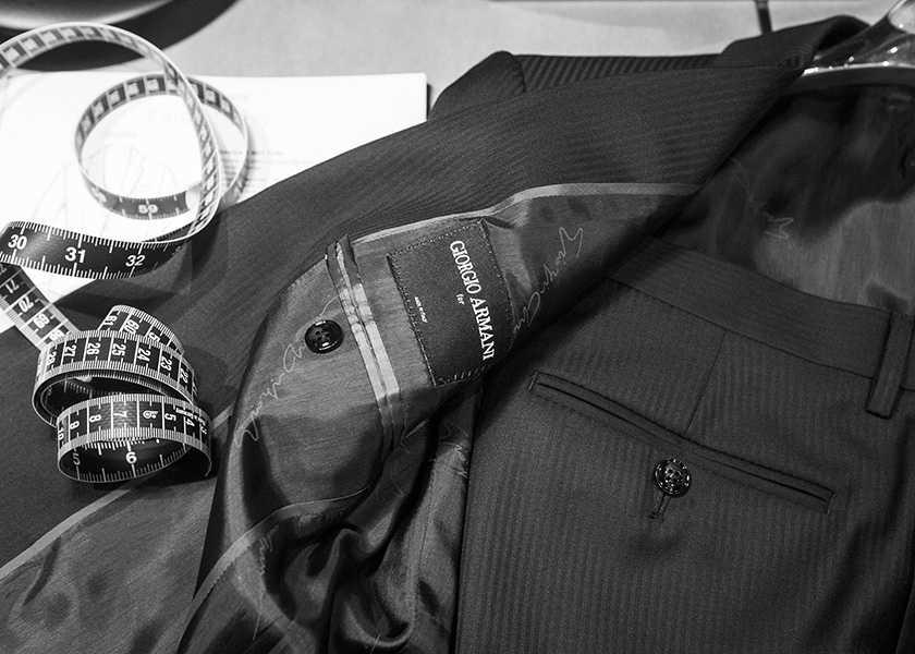 〈ジョルジオ アルマーニ〉のオーダースーツフェア開催!今こそ、自分だけの贅沢な1着を作る!