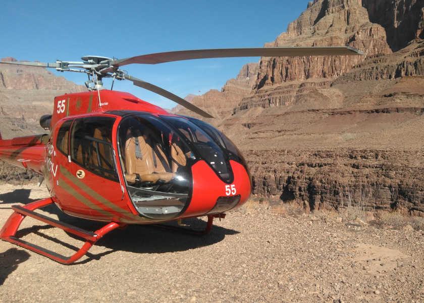 ネバダ州の大自然で遊びつくす! Vol.4グランドキャニオンで空中散歩!