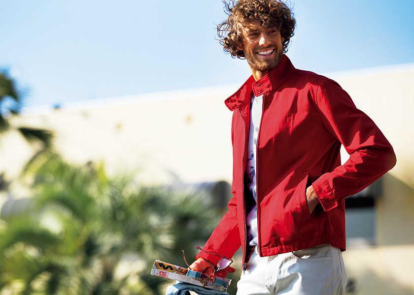 海や旅にもよく似合う〈ブルックス ブラザーズ レッド フリース〉 !バカンス気分が盛り上がる 大人のための〝遊べる服〞!