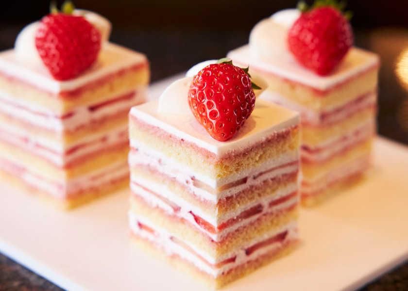 ホテルの名物メニューを彼女と♡ 長きにわたって愛される職人ワザの光るショートケーキ!