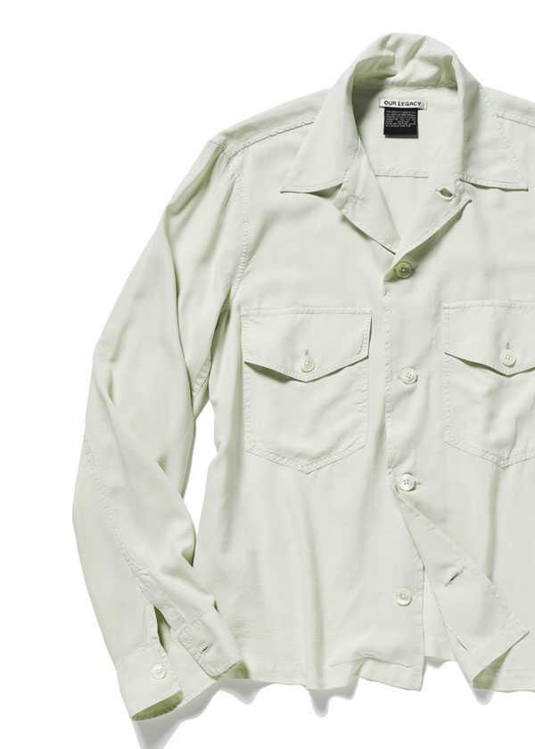 サラリと羽織れるシルクシャツ!