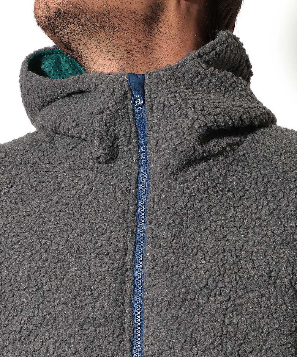 シープボアフードジャケット