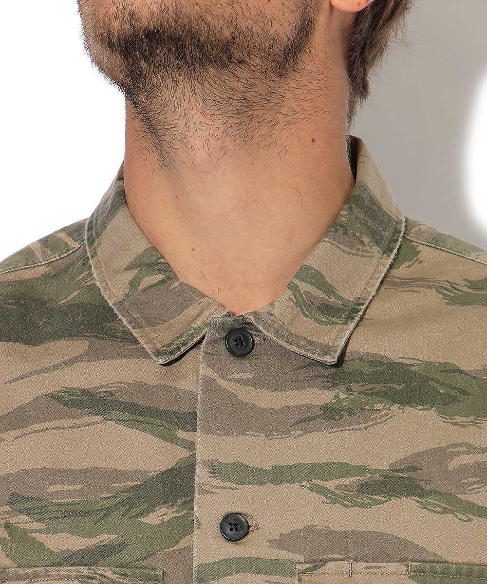 ケイメンシャツ