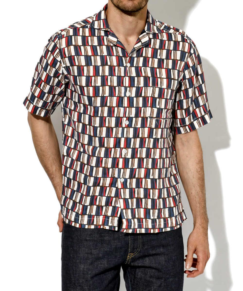 総柄リネン半袖シャツ