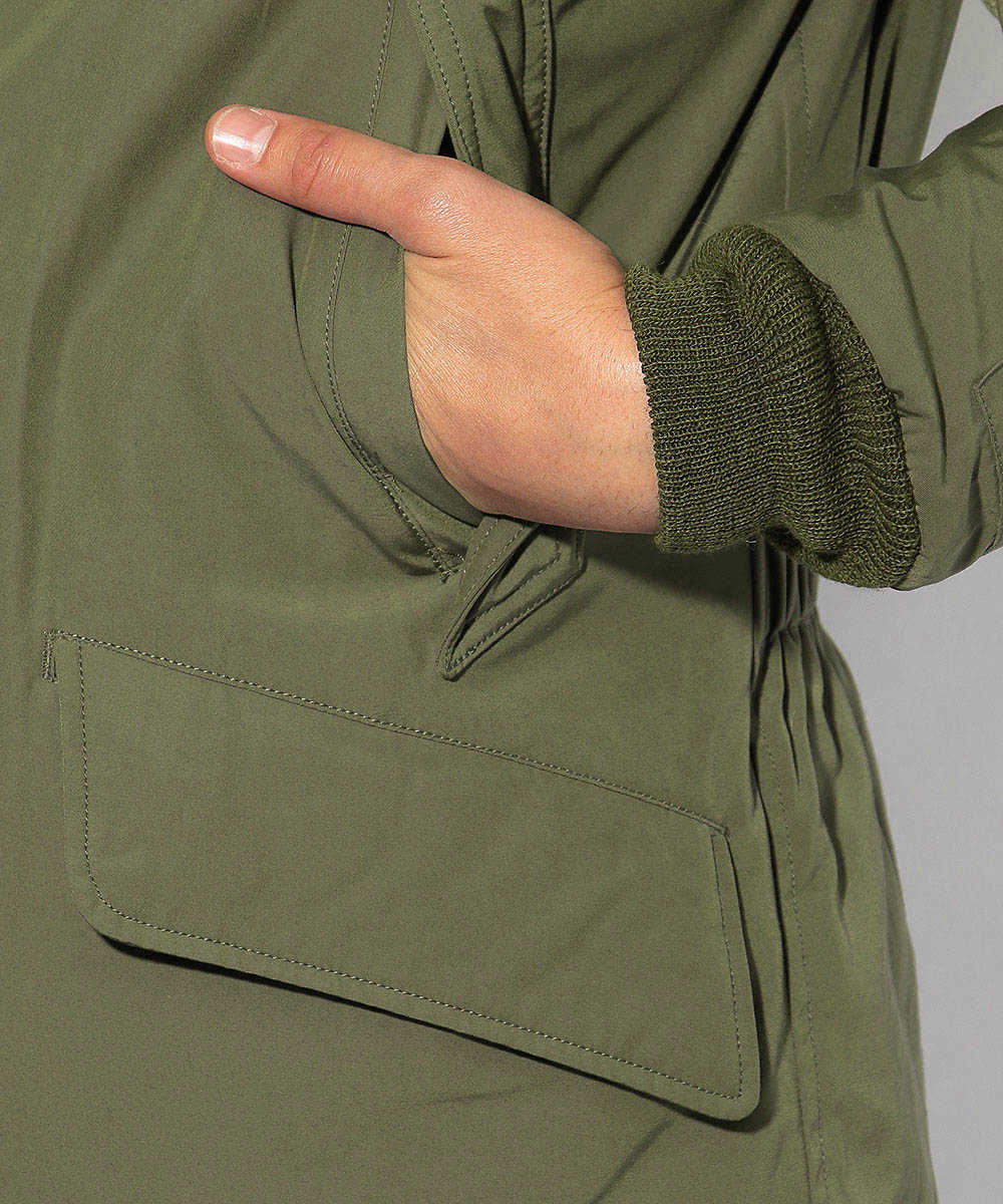 B-9ダウンジャケット